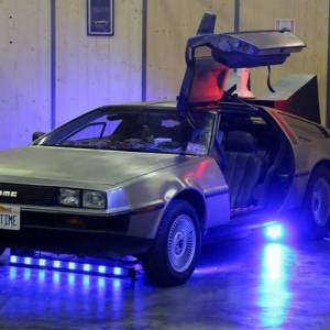 DELOREAN ET Ford Anglia